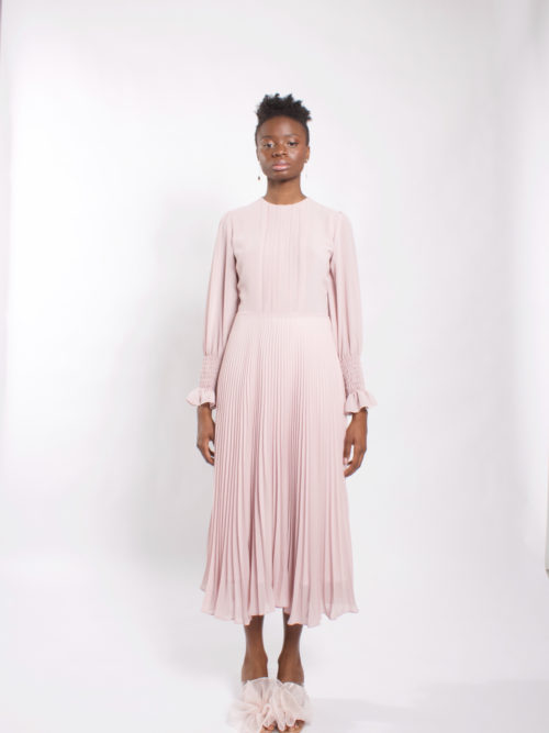 Robe en mousseline de soie à manches longues Chiffon midi dress with long sleeve and pleated details